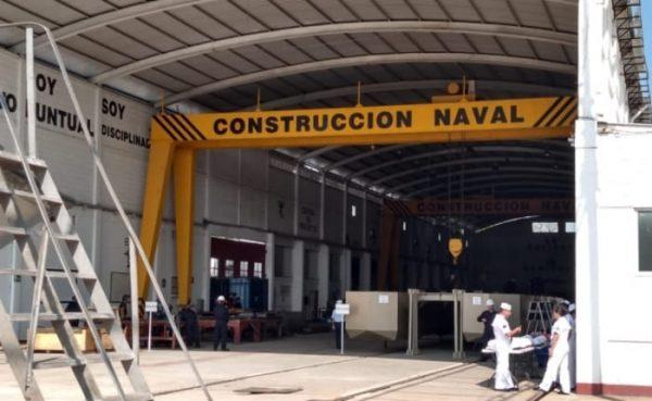 Marina construye 4 embarcaciones sargaceras en Coatzacoalcos