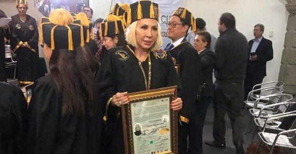 ¿Honoris Causa a cambio de donativo? Laura Bozzo habría pagado 30 mil pesos, dice Consejo Doctoral