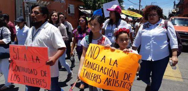 Interponen talleristas de la Casa de la Cultura demandas colectivas por despidos