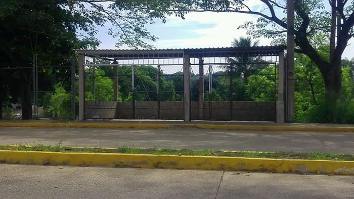 Autoridades a la esperan que CONAGUA actúe contra invasores del muro