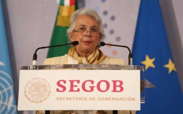 Se dialoga con autodefensas para que depongan armas: Sánchez Cordero