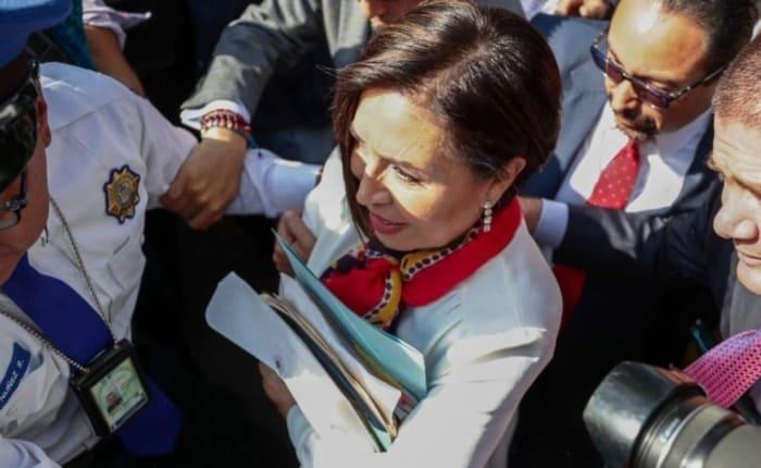 Rosario Robles se queda en prisión; juez reitera que representa riesgo de fuga
