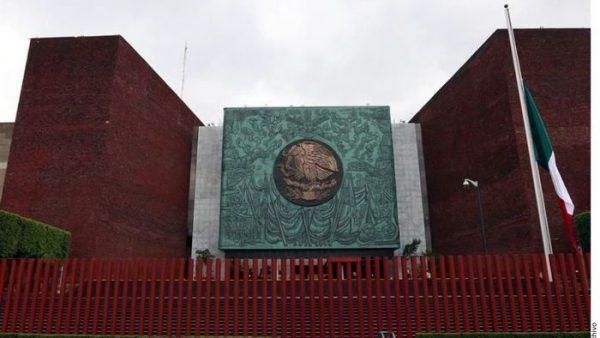Padre de los 43 de Ayotzinapa tendrá voz en Cámara de Diputados