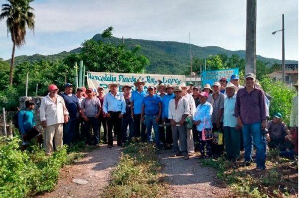 Comuneros suspenden servicio de agua en la refinería Antonio Dovali Jaime de Salina Cruz