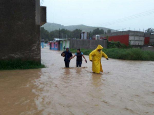 Narda provoca inundaciones en regiones de Oaxaca