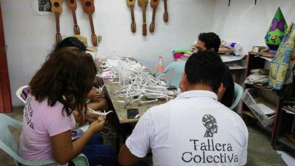 Tallera Colectiva imparte taller de Catrinas y Cráneos de Papel