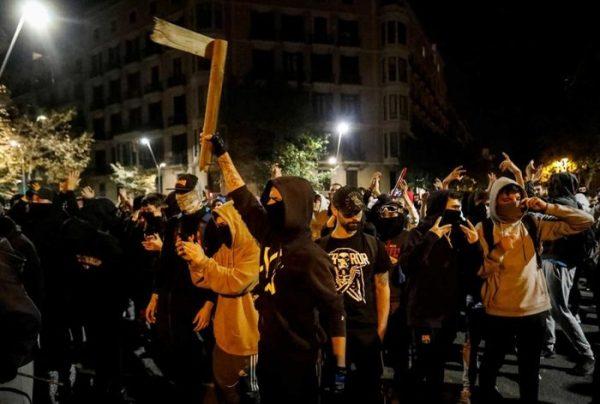 Al menos 182 heridos en Cataluña por nuevos disturbios