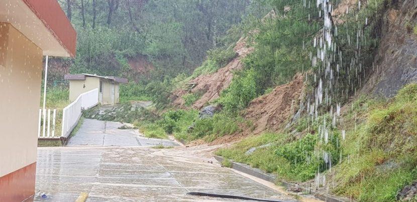 En Oaxaca continúan incomunicados almenos  46 mil pobladores de 23 poblaciones de la Sierra Sur