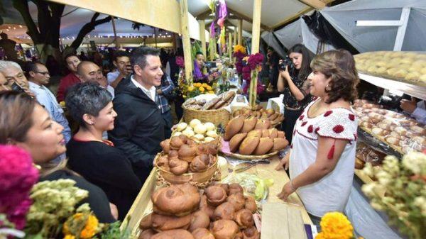Inaugura Alejandro Murat Feria del Pan y Chocolate en Santa Lucía del Camino