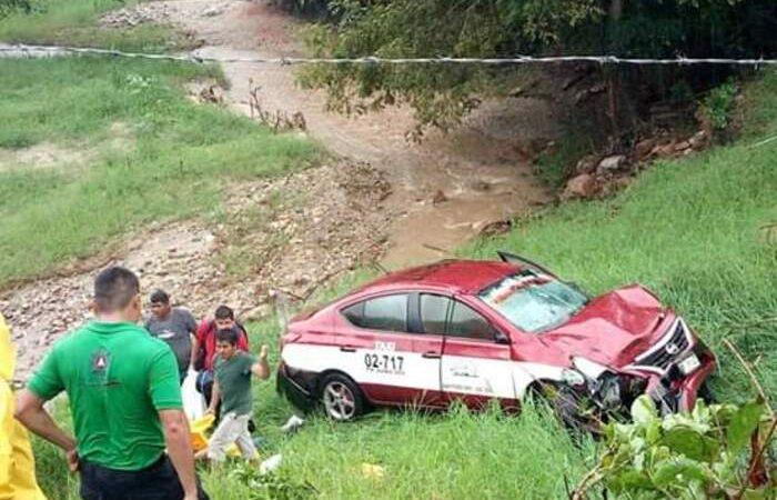 Fuerte accidente en San Pedro Mixtepec