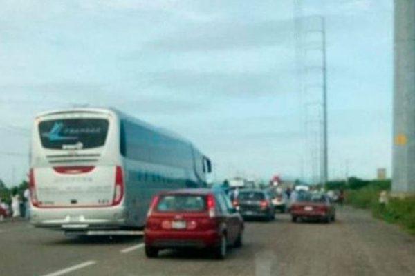 Capesinos liberan carretera en el Istmo