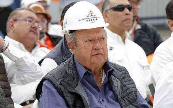 Familia de Romero Deschamps cobra 700 mil pesos al mes en Pemex