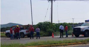 Trabajador de circo casi se electrocuta en Salina Cruz