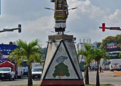 La escultura de Flor de Piña fue arrancada con dolo: Escultor