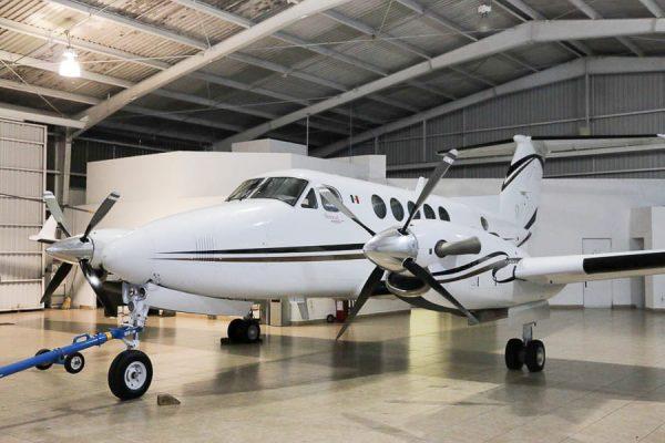 El gobierno de Alejandro Murat analiza la venta del avión oficial y dos avionetas más