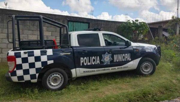 Encapuchados secuestran a maestra de Orizaba