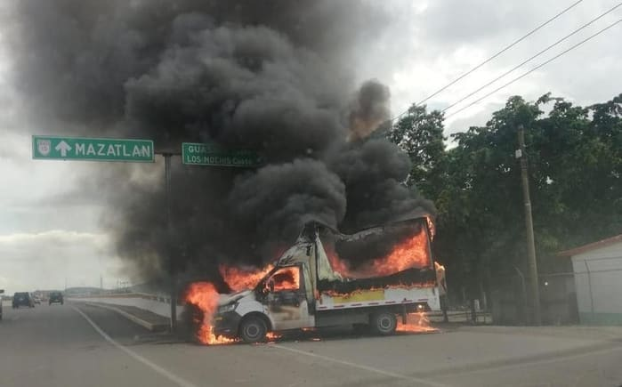 Operativo en Culiacán para detener a hijo de 'El Chapo' desata balaceras