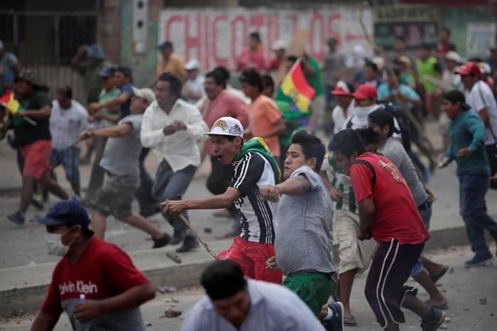 Más de 30 heridos durante enfrentamientos entre seguidores y opositores de Morales en Bolivia