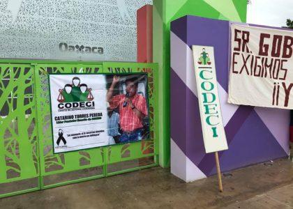 CODECI presiona al Gobernador, toma unidad deportiva en Tuxtepec que hoy inaugurará
