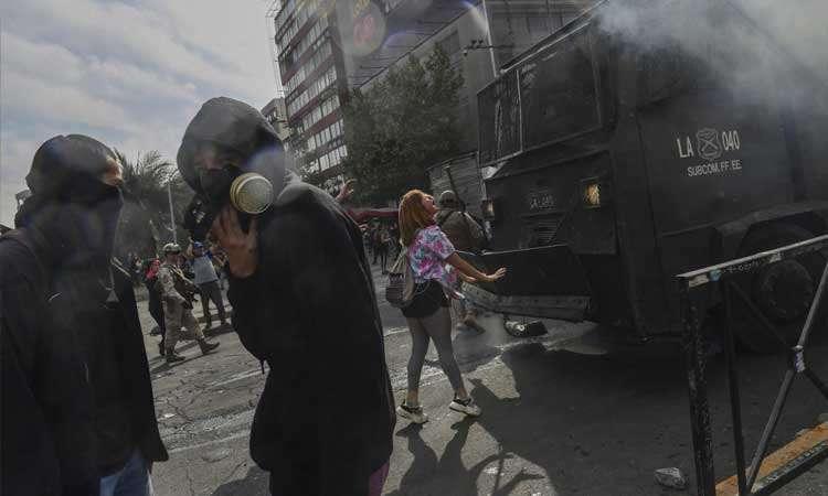 Tres muertos luego de graves disturbios en Chile