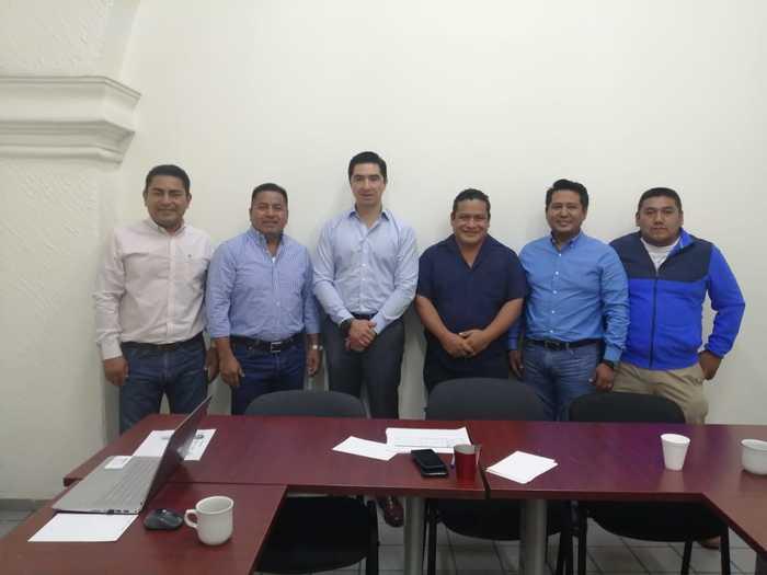 Se reune edil de Chiltepec con titular de COPLADE