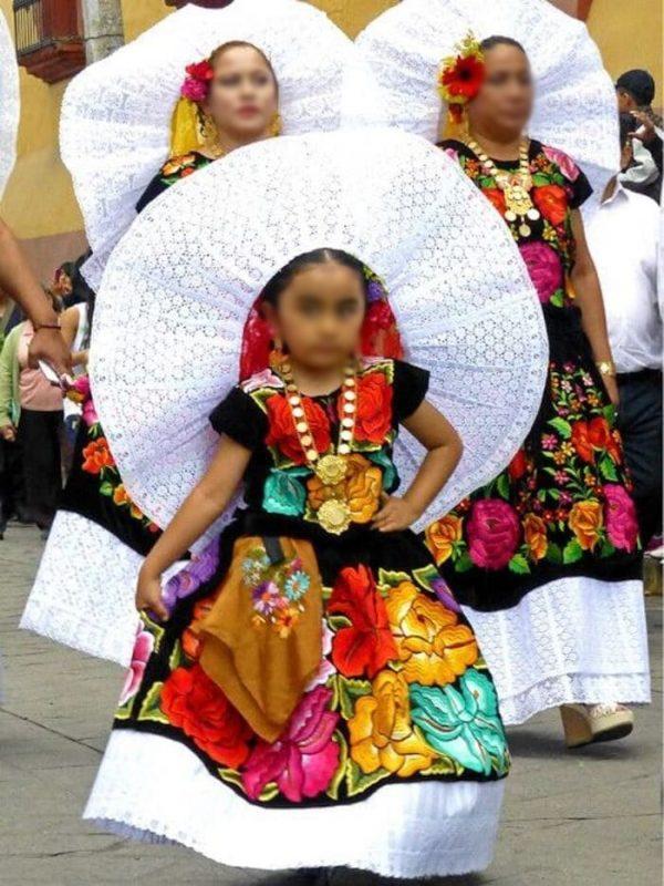 Niñas juchitecas interpretarán el himno nacional en Gran Premio de México