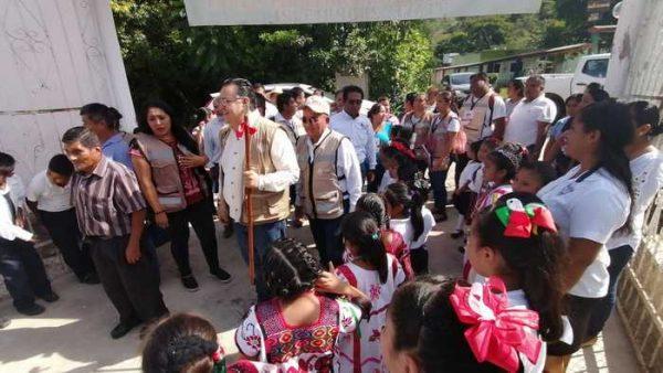 """Arrancan en Valle Nacional programa """"La Escuela es Nuestra"""" en apoyo a instituciones educativas de nivel básico"""