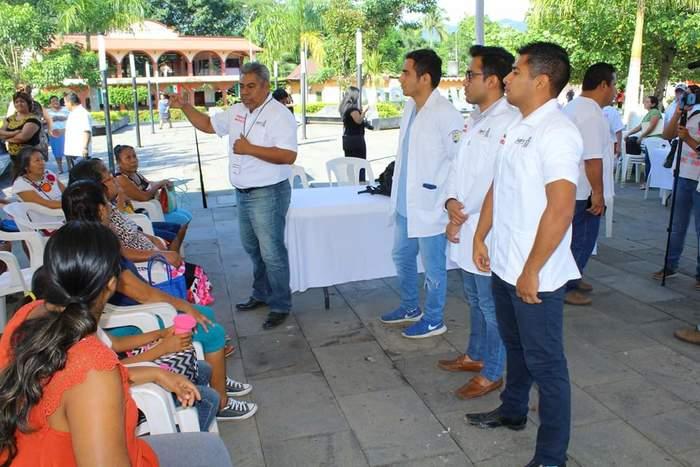 Llegan Unidades Móviles del Gobierno del Estado a Chiltepec