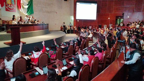 Diputados y Diputadas locales, votan a favor de la deuda millonaria para el estado