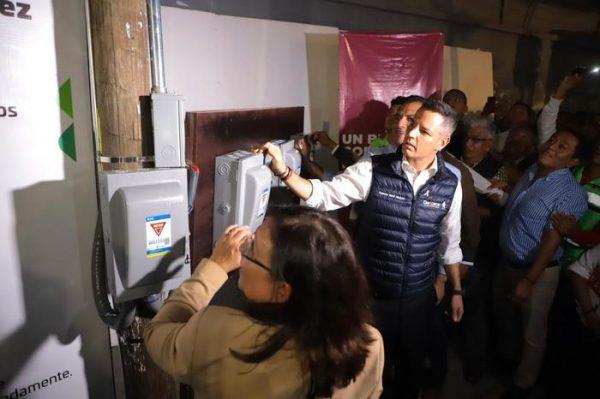 Gobierno de Oaxaca y Sener ponen en marcha el inicio de la sustitución e instalación de luminarias nuevas de la ciudad de Oaxaca