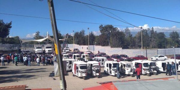 Sindicato Libertad bloquea tres regiones del estado