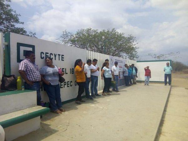 Reportan asalto en CECYTE de Tehuantepec