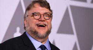 Guillermo del Toro reclama a Cerveza Victoria por usar su imagen sin autorización