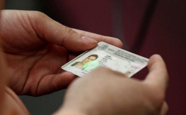 INE incluirá código QR en credencial de elector para verificar validez