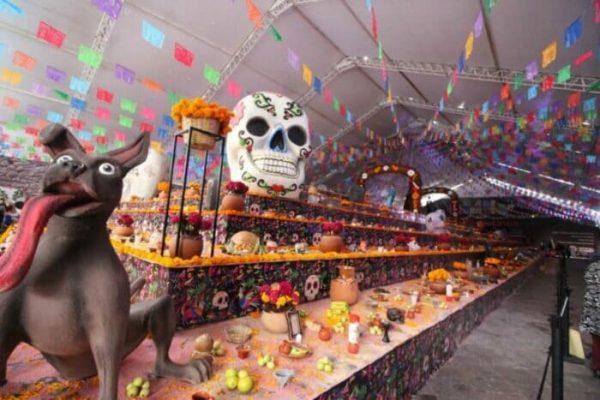 El altar de muertos más grande del mundo, rompió récord Guiness