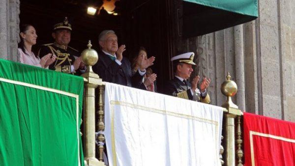 Ejército refrenda lealtad a AMLO durante desfile