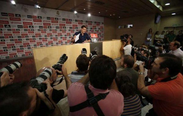 Iker Casillas regresó a los entrenamientos tras sufrir un infarto
