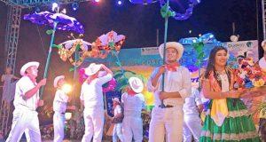 Lucen danzas de la Costa en el Festival