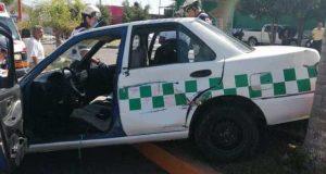Chocan grúa y taxi en Huajuapan