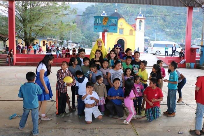Empieza U-manos Jóvenes con causa, campaña para recabar juguetes