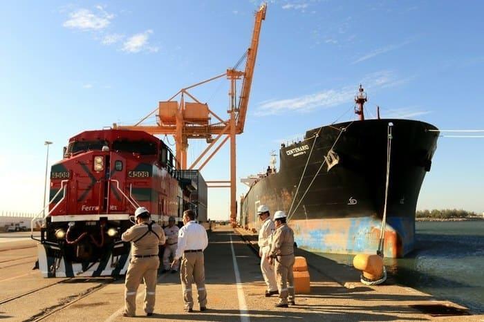 Desincorporan a tres empresas del Corredor Interoceánico de la SCT