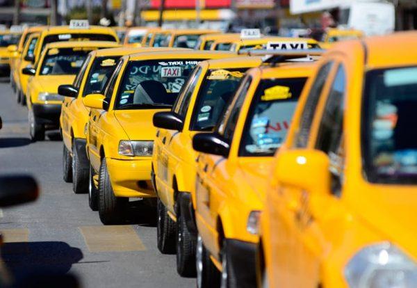 Piden taxistas de Tuxtepec a concesionarios, no aumentar la cuenta