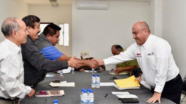 Acuerda IEEPO con representación de trabajadores jubilados pago de bono anual 2019