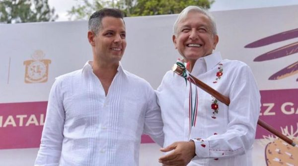 AMLO podría volver a Oaxaca antes de terminar el año