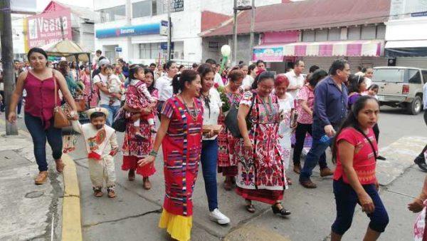 Cientos de Tuxtepecanos participan en Peregrinación a la Virgen de Guadalupe