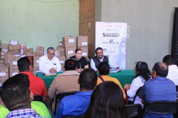 Entrega Seculta acervo bibliográfico a cinco nuevas bibliotecas en Oaxaca