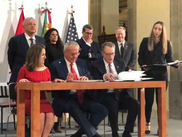 México, EU y Canadá firman cambios al T-MEC