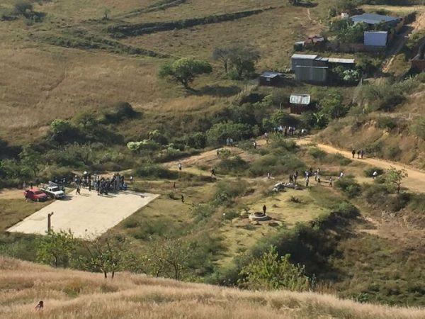 Petición de Murat es una burla: desplazados de Xoxocotlan