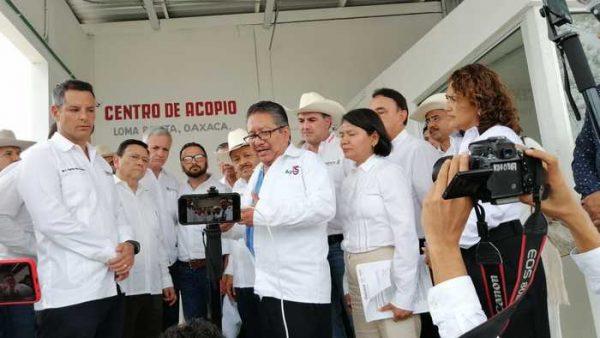 Murat y SEGALMEX inauguran centro de acopio Liconsa en Loma Bonita