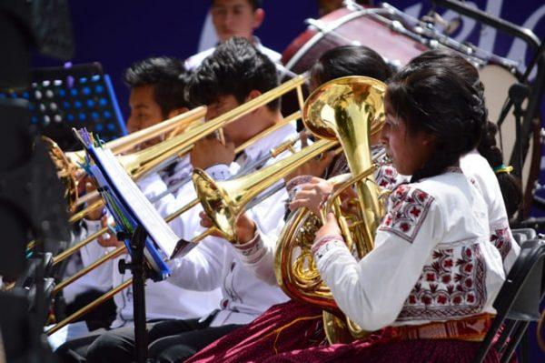 Gobierno del Estado inicia gestión para adquisición de instrumentos en beneficio de las y los niños de Ayutla, Mixe
